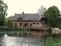 Ginučių vandens malūnas